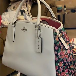 Coach Margot Pearl Posey Cluster Floral Carryall